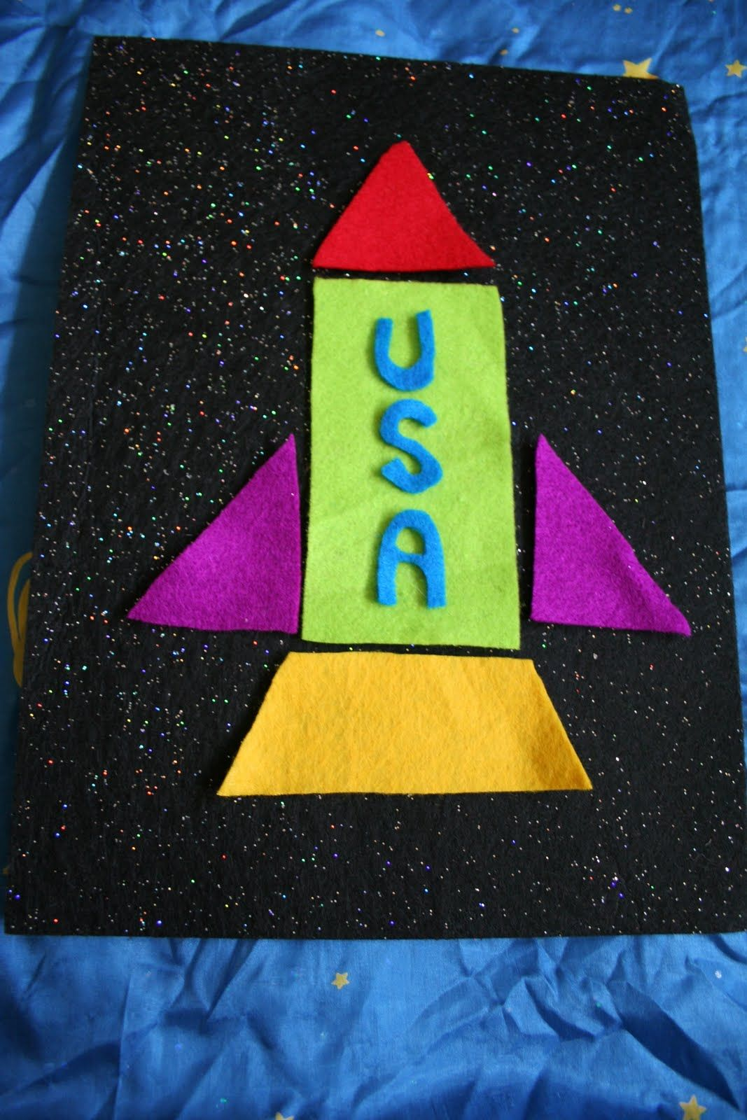 Homemade Outer Space Felt Board And Felt Build A Rocket