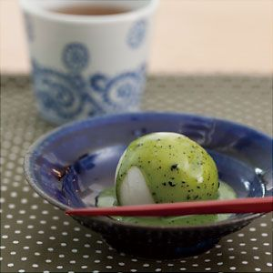 Shiratama dango with matcha milk sauce