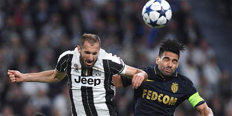 Falcao se sintió frustrado ante la muralla defensiva de Juventus