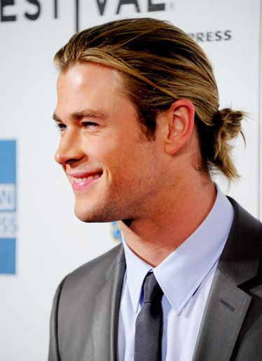 Awesome Chris Hemsworth Hairstyle 2017 Name With Hairline