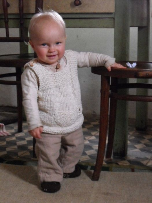 """68751cd3a53d Knitted DROPS vest with stripes in """"Baby Alpaca Silk"""". ~ DROPS ..."""