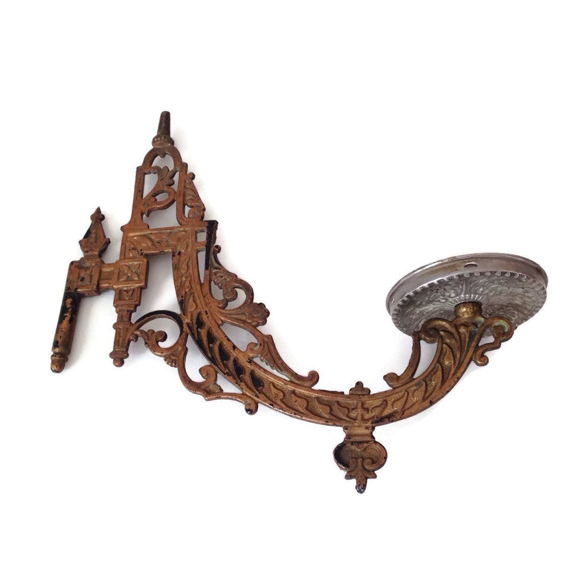 Antique Oil Lamp Holder Cast Iron Victorian Wall Mount Wall Sconce ...