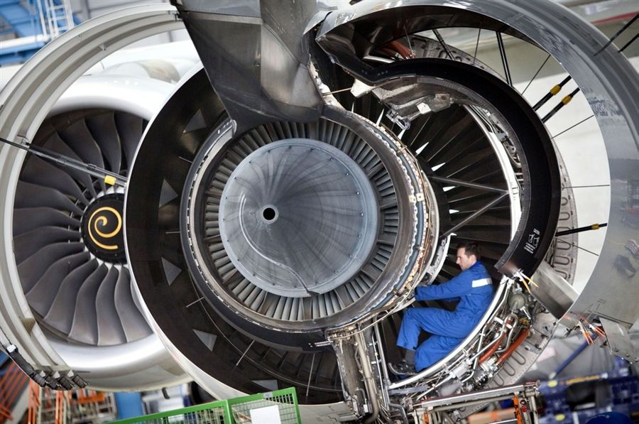 Superjumbo jet engine opened for maintenance | Jet engine, Engine ...