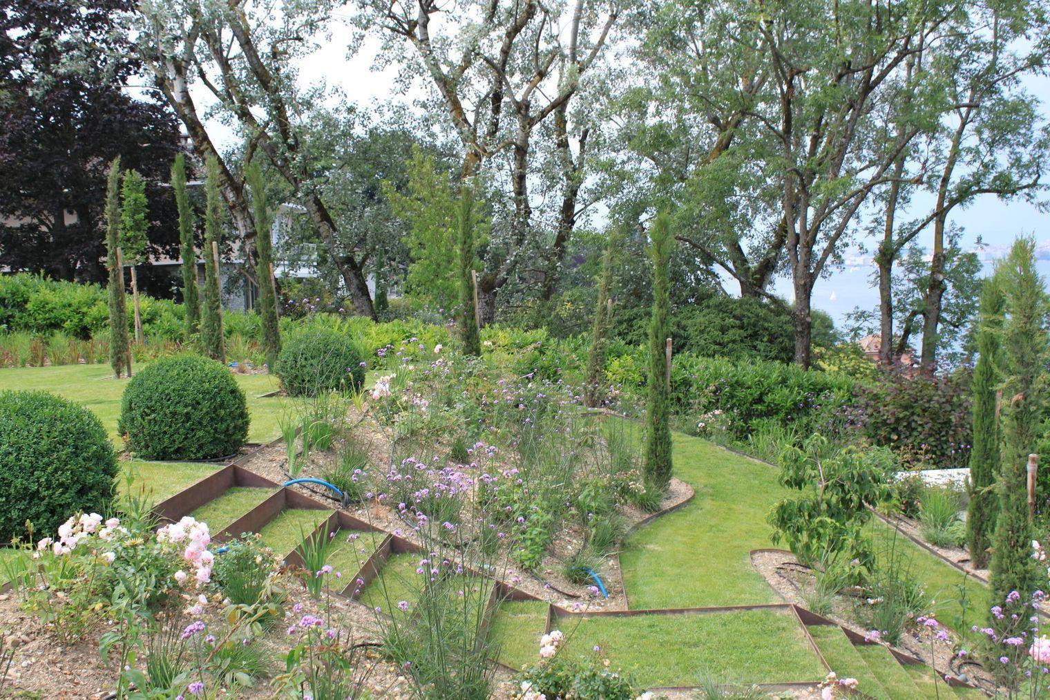Amenagement D Un Jardin En Pente Jardin En Pente Comment Amenager Son Jardin Et Amenagement Jardin