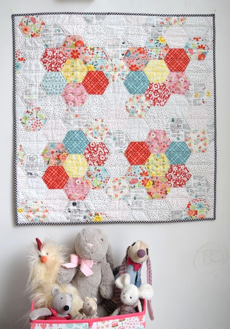 Free Quilt Pattern: Bea\'s Blooms   I Sew Free   Baby Quilts ...