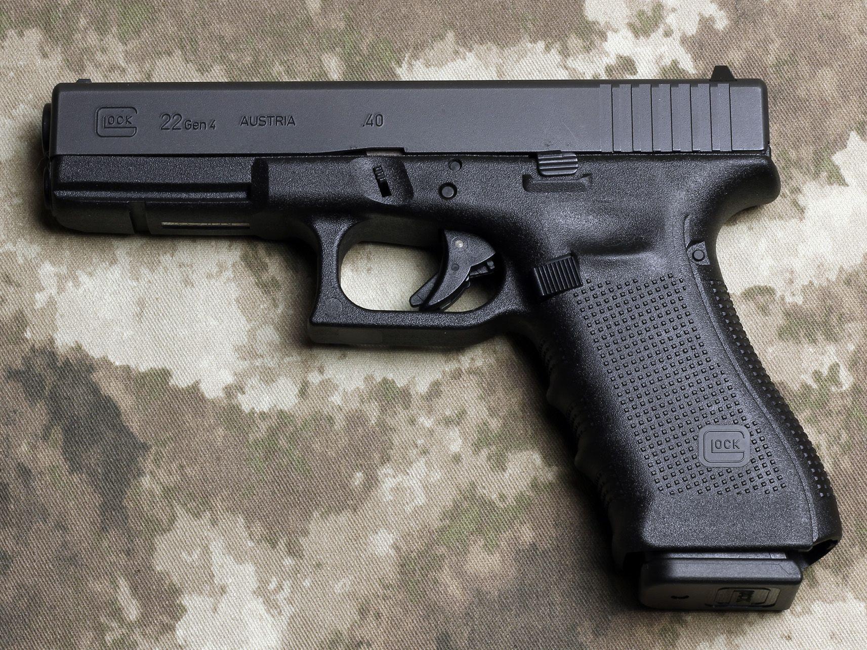 Glock 22 40 Caliber Generation 4 Has An Improved Modular Back
