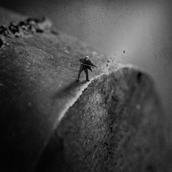 Darkly Intriguing Photos Of Tiny Figures Silhouetted Against Vast Landscapes Designtaxi Com Curious Muybridge Used T Yosemite Photos Landscape Types Of Art
