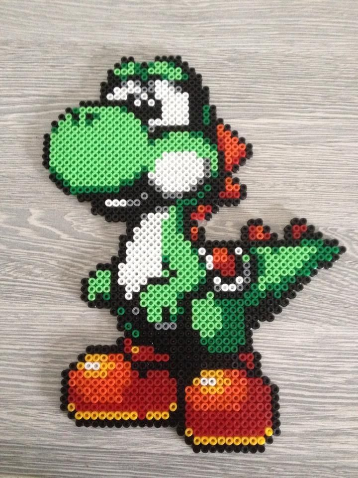 yoshi hama beads by celine creations02 perle inspiration pinterest hama perles hama et perles. Black Bedroom Furniture Sets. Home Design Ideas