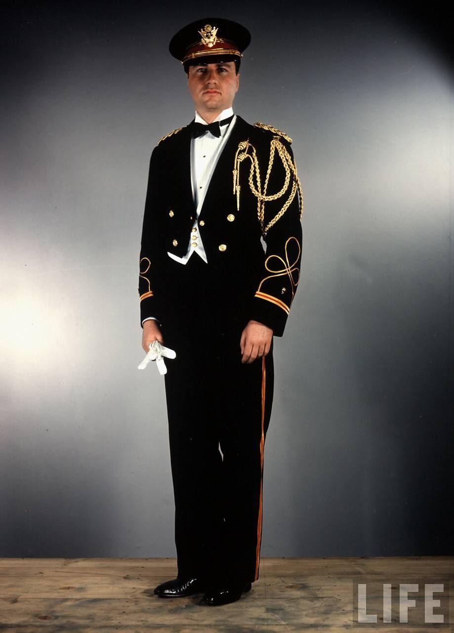 Us Army Officer A Generals Aide Wearing Special Formal Evening