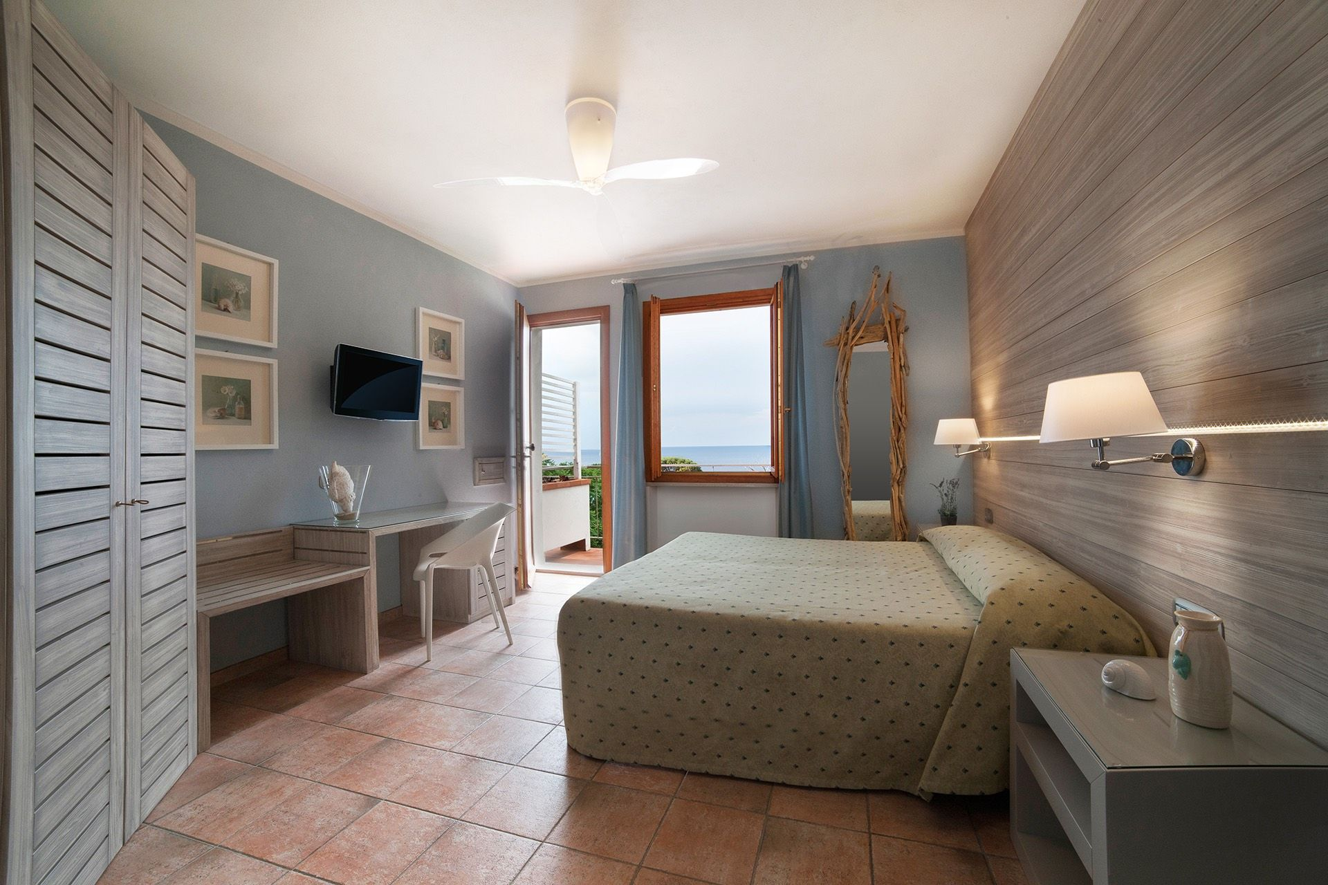Enjoy a stay on Elba in a brand new hotel! Regalatevi un