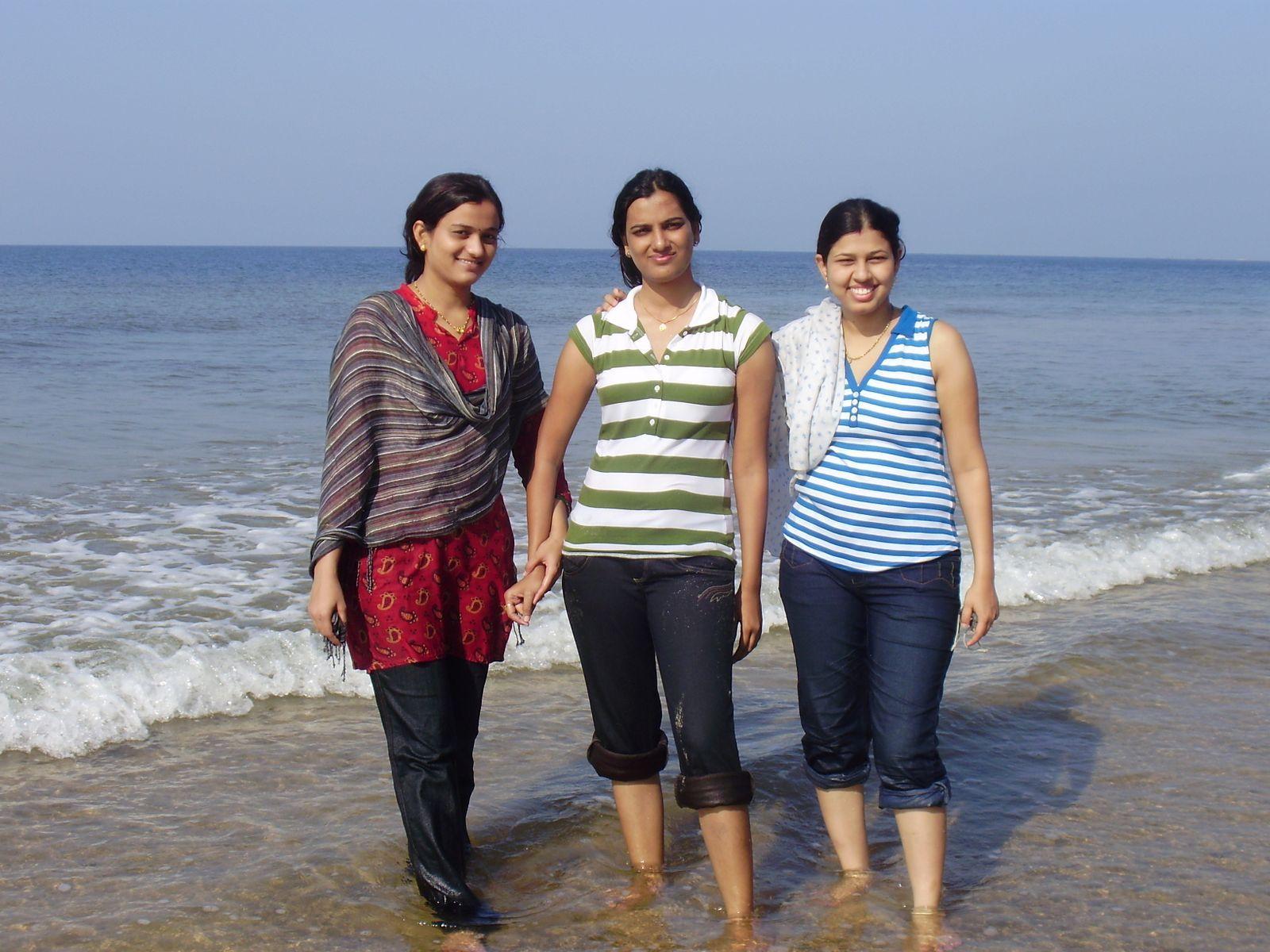 Beauty Tamil Nadu Aunties, Girls Tamil Saree Aunties