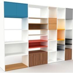 Photo of Regalsystem Weiß – Regalsystem: Schubladen in Buche & Türen in Nussbaum – Hochwertige Materialien –