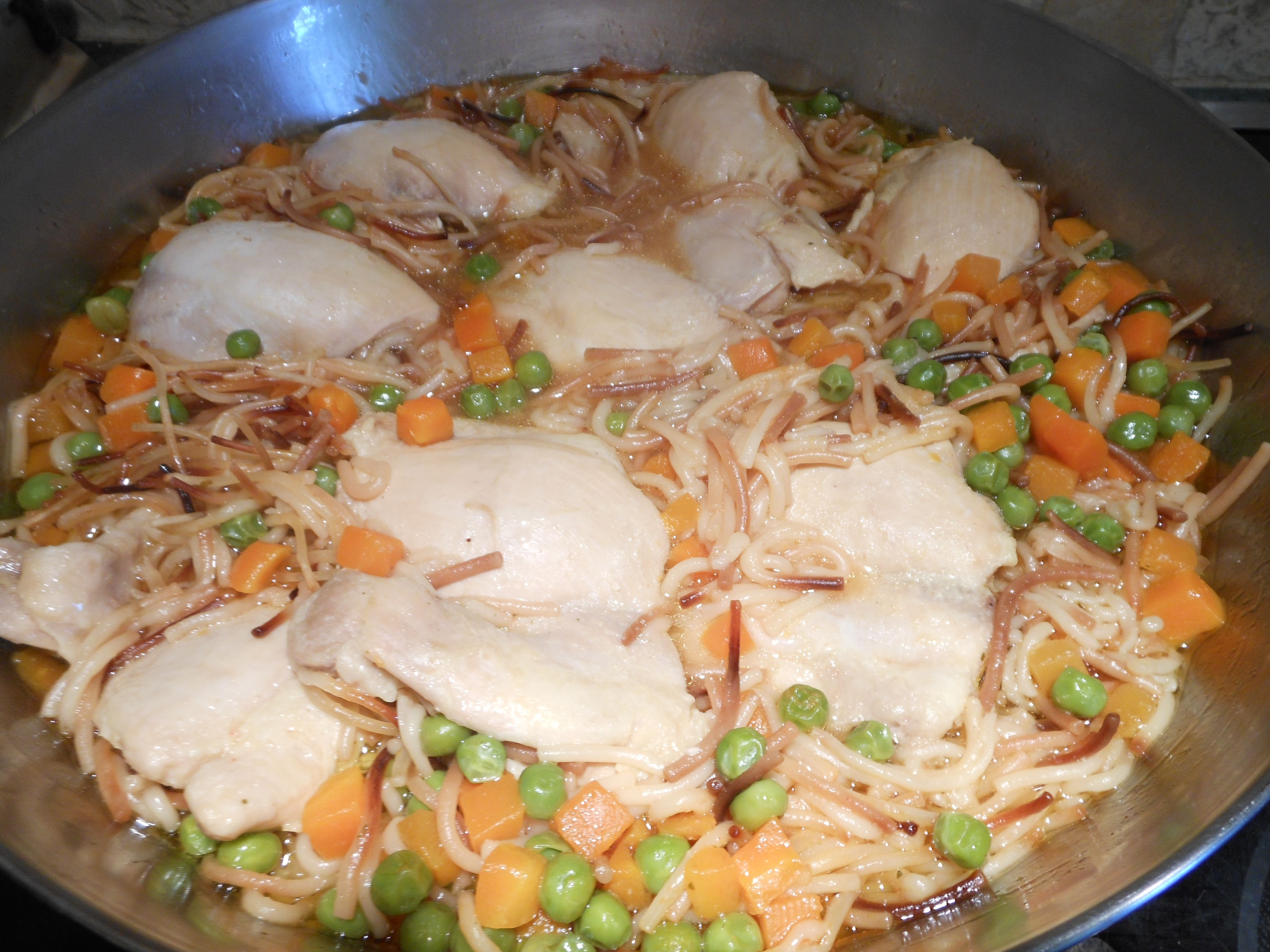 Mexican food fideo con pollo recipe vermicelli with chicken cheap family meals mexican food fideo con pollo recipe vermicelli with chicken forumfinder Gallery