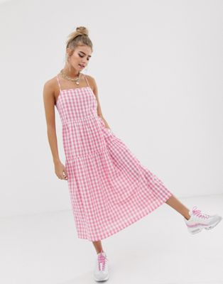 fc2a142228c795 COLLUSION tiered cami smock midi dress in gingham seersucker i 2019 ...