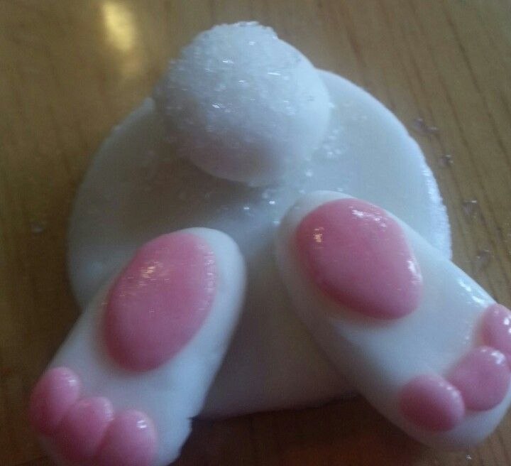 Bunny Butt Cupcake topper