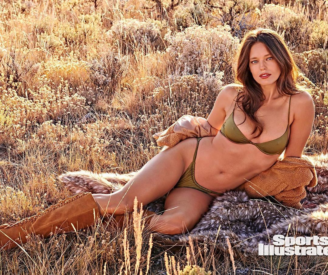 Emily DiDonato Goes Topless In Kauai | Uncovered | Sports