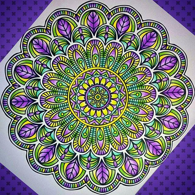 #mandala #mandalapassion #mandalacoloring #adultcoloring #art #activity #Saturday #colours #found #my #innerpeace #happy #fabercastell ✏