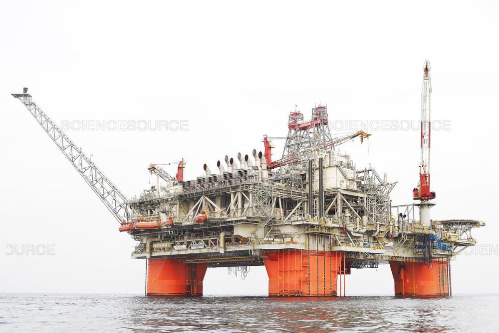Science Source Thunder Horse Offshore Oil Platform Oil Platform Oil And Gas Oil Rig