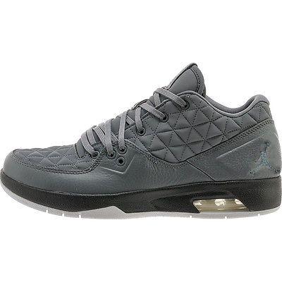7a9b7ef5d002f7 Nike Jordan Clutch Mens 845043-004 Cool Grey Black Basketball Shoes Size 12