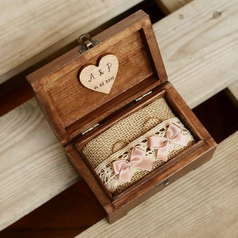 Personalized wedding ring box. Wooden ring box. Ring holder. Ring bearer. Delicate & romantic ring box #personalizedwedding
