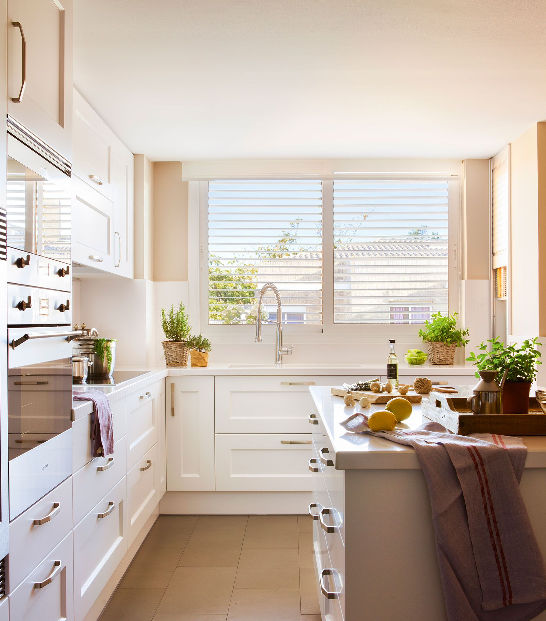 Ideas para aprovechar el espacio en las cocinas peque as - Ideas para cocinas pequenas ...
