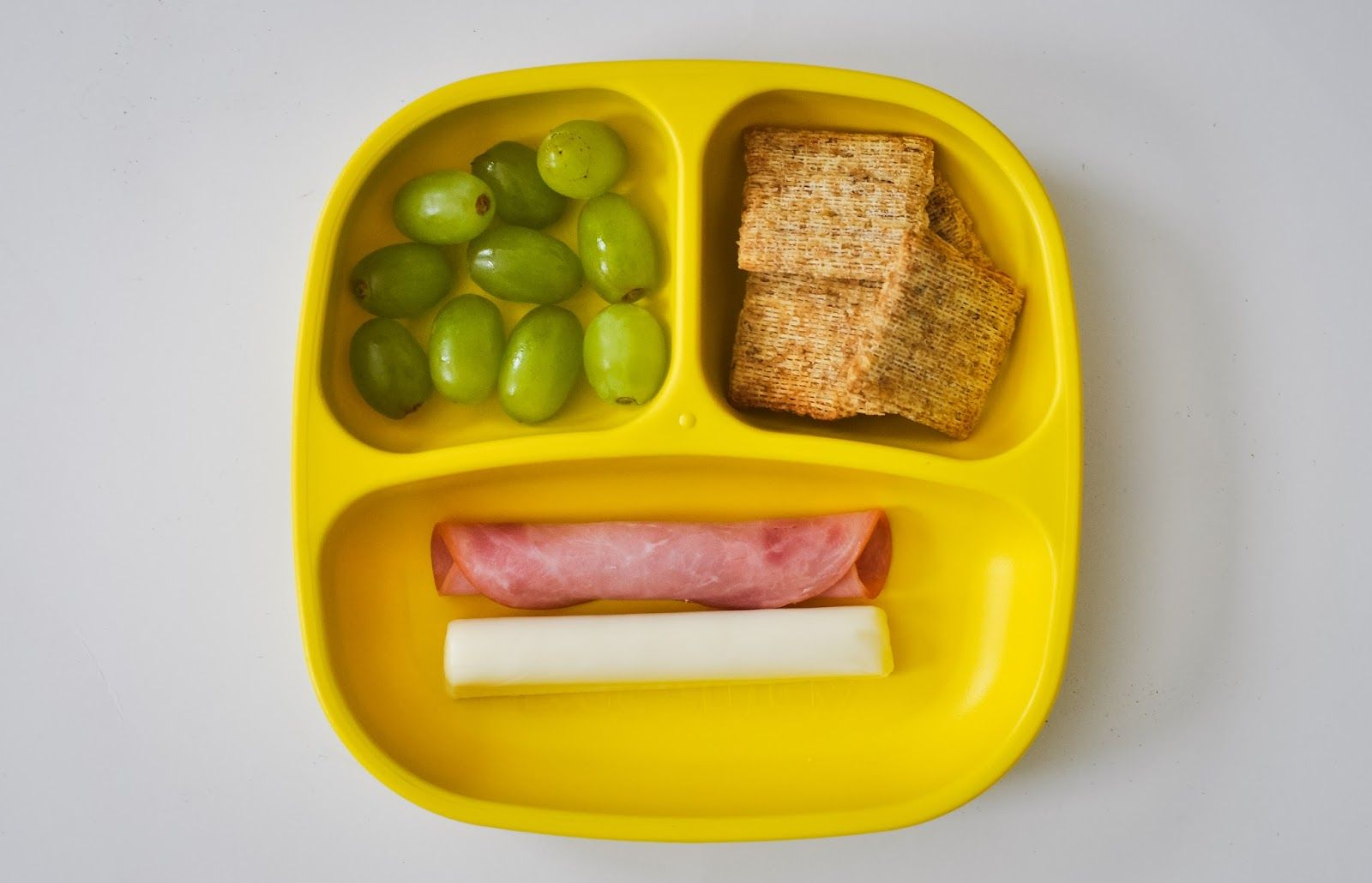 My favorite wholesome snack hacks plus tips from a childrens make your own lunchable portable fruit whole grain crackers low fat cheese solutioingenieria Image collections