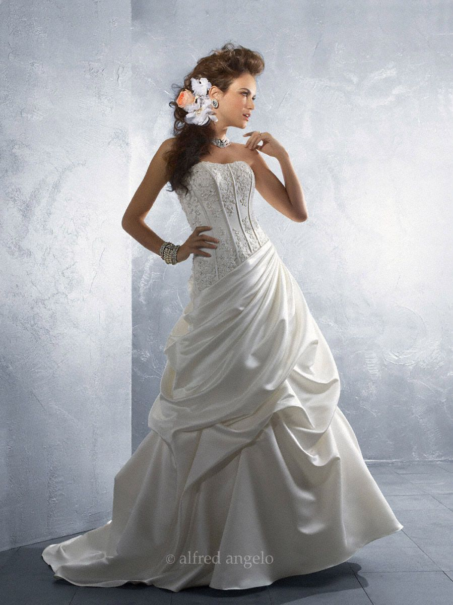 Alfred angelo bridal 2170 alfred angelo bridal gowns pinterest find this pin and more on alfred angelo bridal gowns ombrellifo Image collections