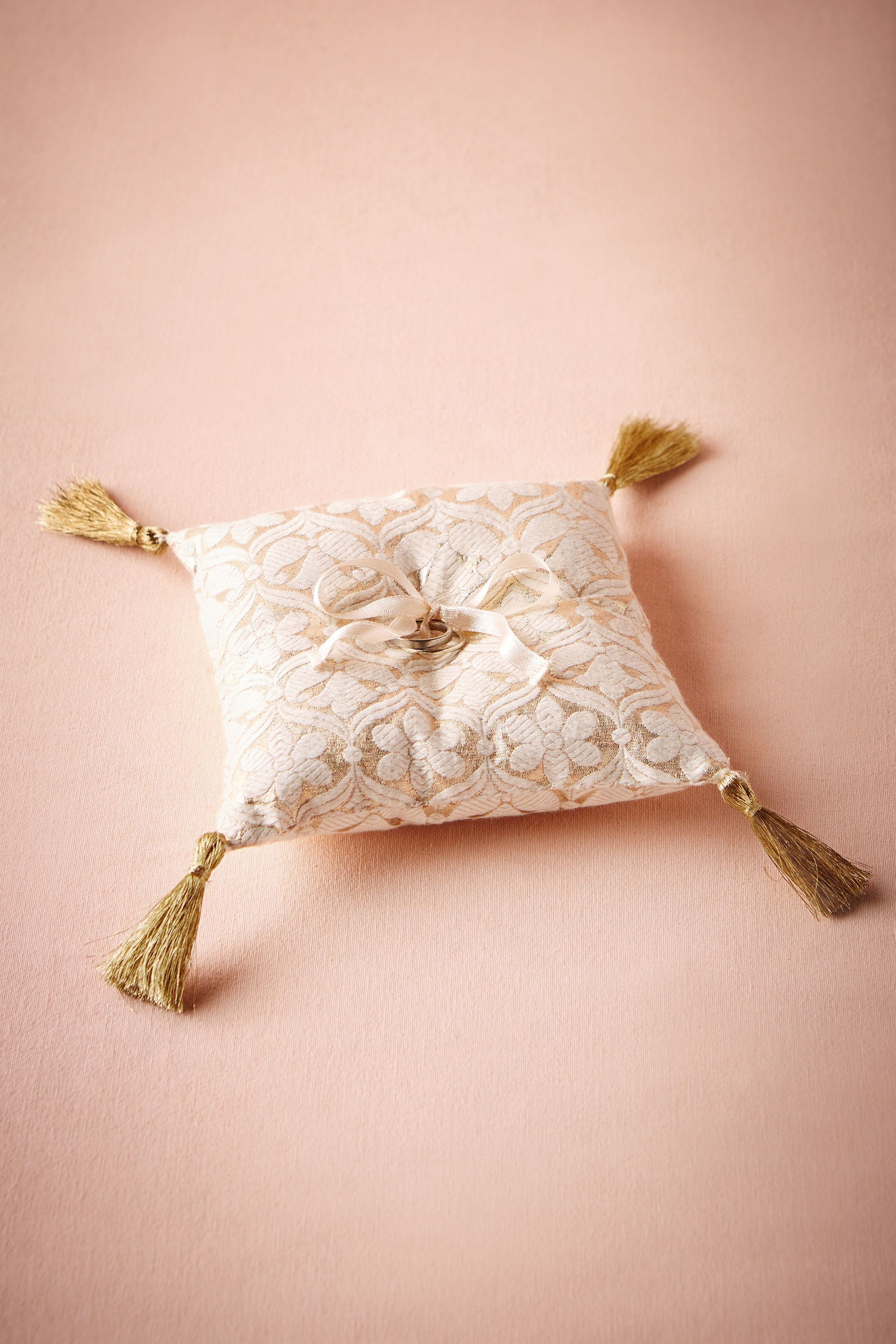 Brocade Ring Pillow from @BHLDN | W day | Pinterest | Alianzas y Boda