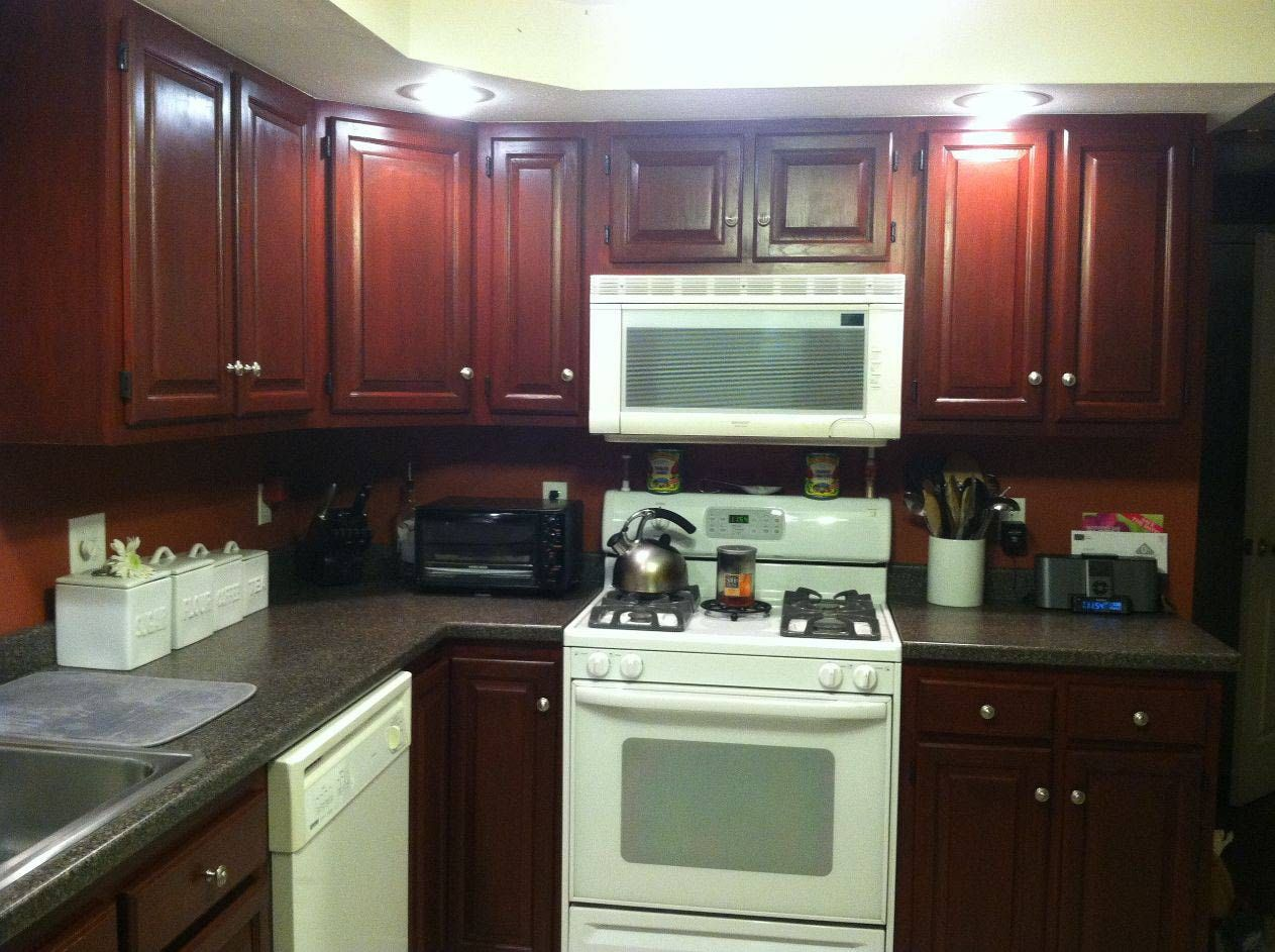 Good color to paint kitchen cabinets with Benjamin Moore paint ...