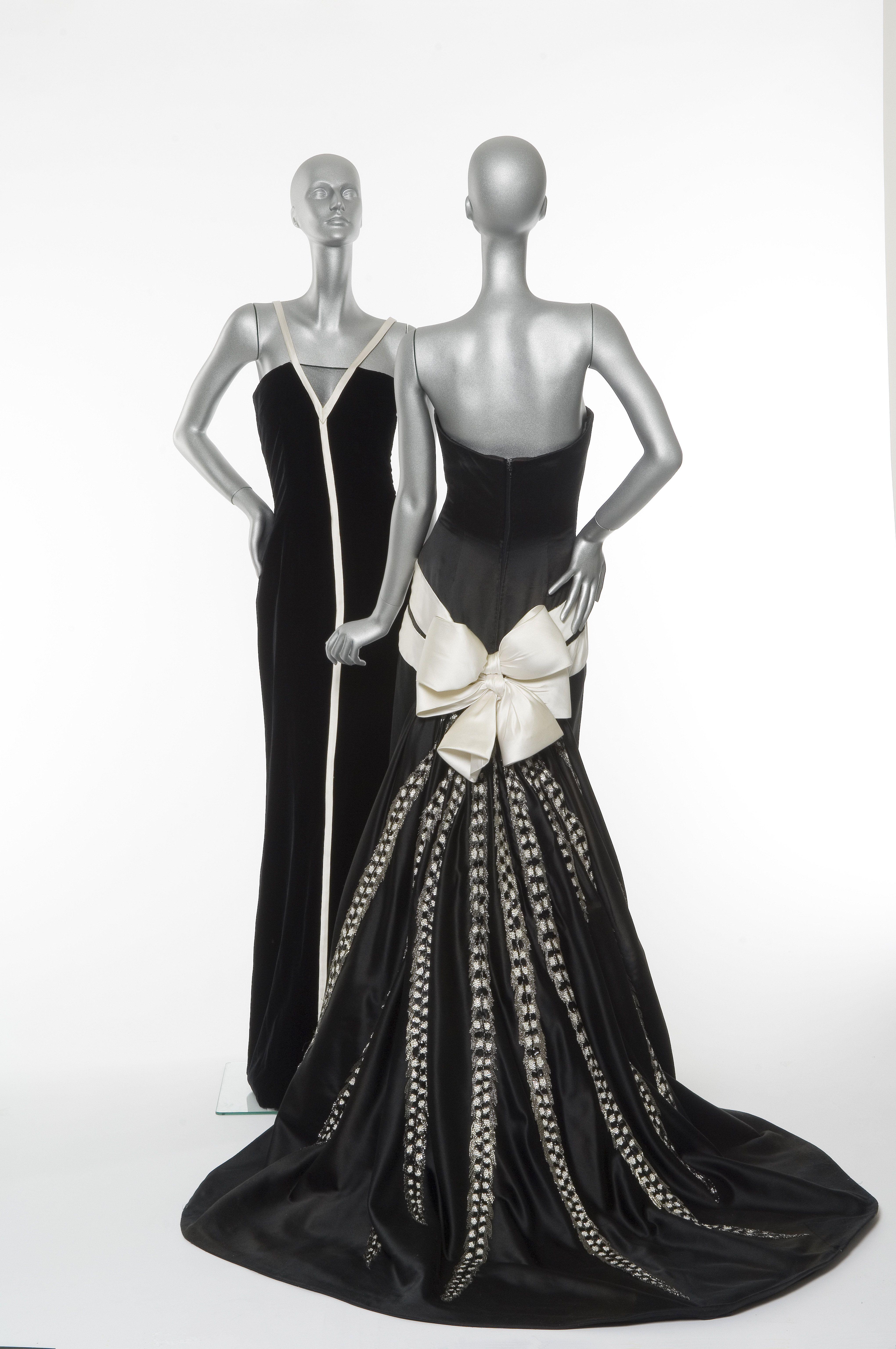 Valentino evening dress, Fall 2005-06 Couture.   A Vintage Affair ...