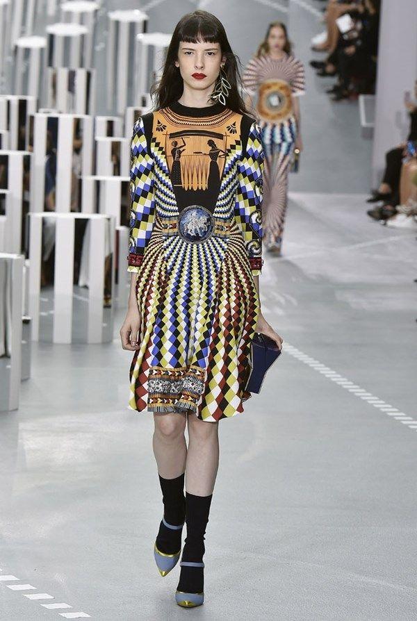 London Fashion Week - Mary Katrantzou