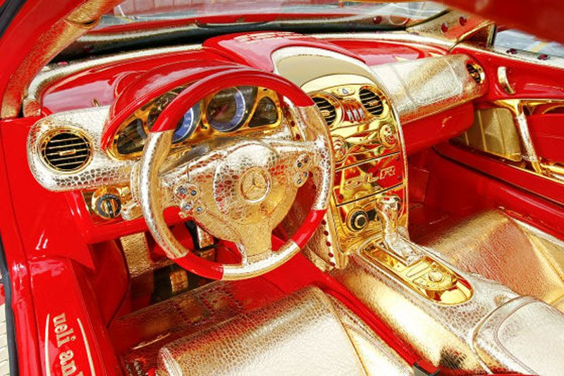 insolite une mercedes slr en or et en rubis a vaut combien pinterest voitures. Black Bedroom Furniture Sets. Home Design Ideas