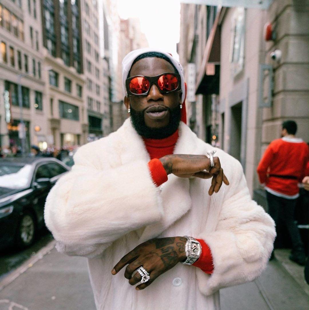 Gucci Mane Officially Won Santacon Gucci Mane New York Street Hip Hop Albums Gucci mane supreme wallpaper