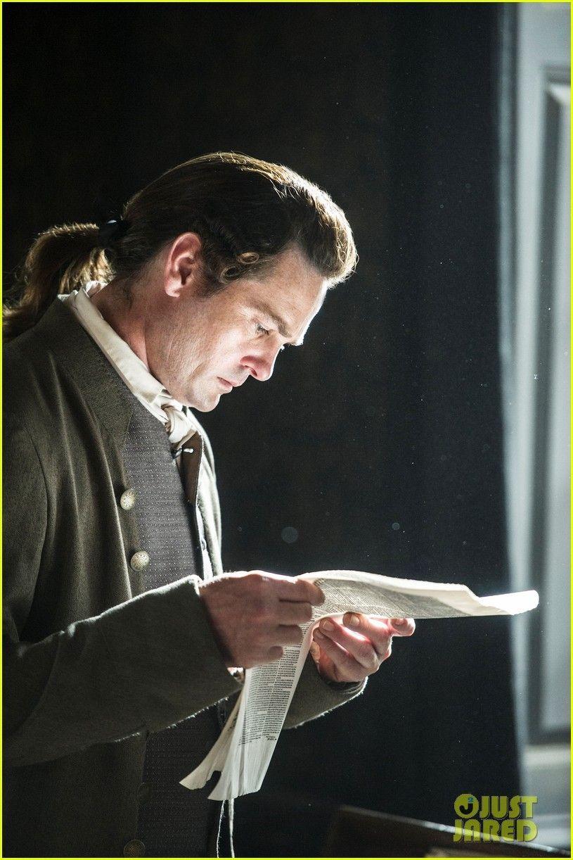 of Henry Thomas as John Adams in