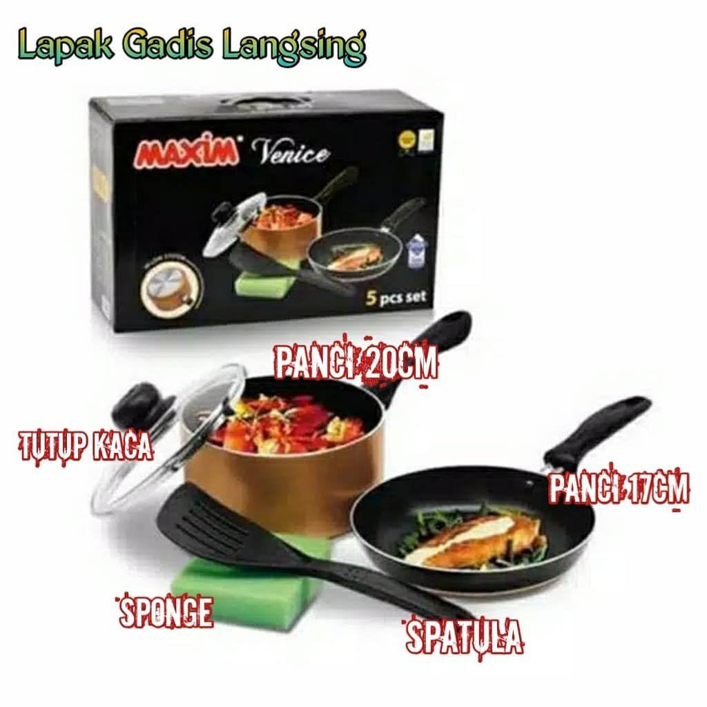 Satu set alat masak ini terbuat dari teflon yang berkualitas dan ...