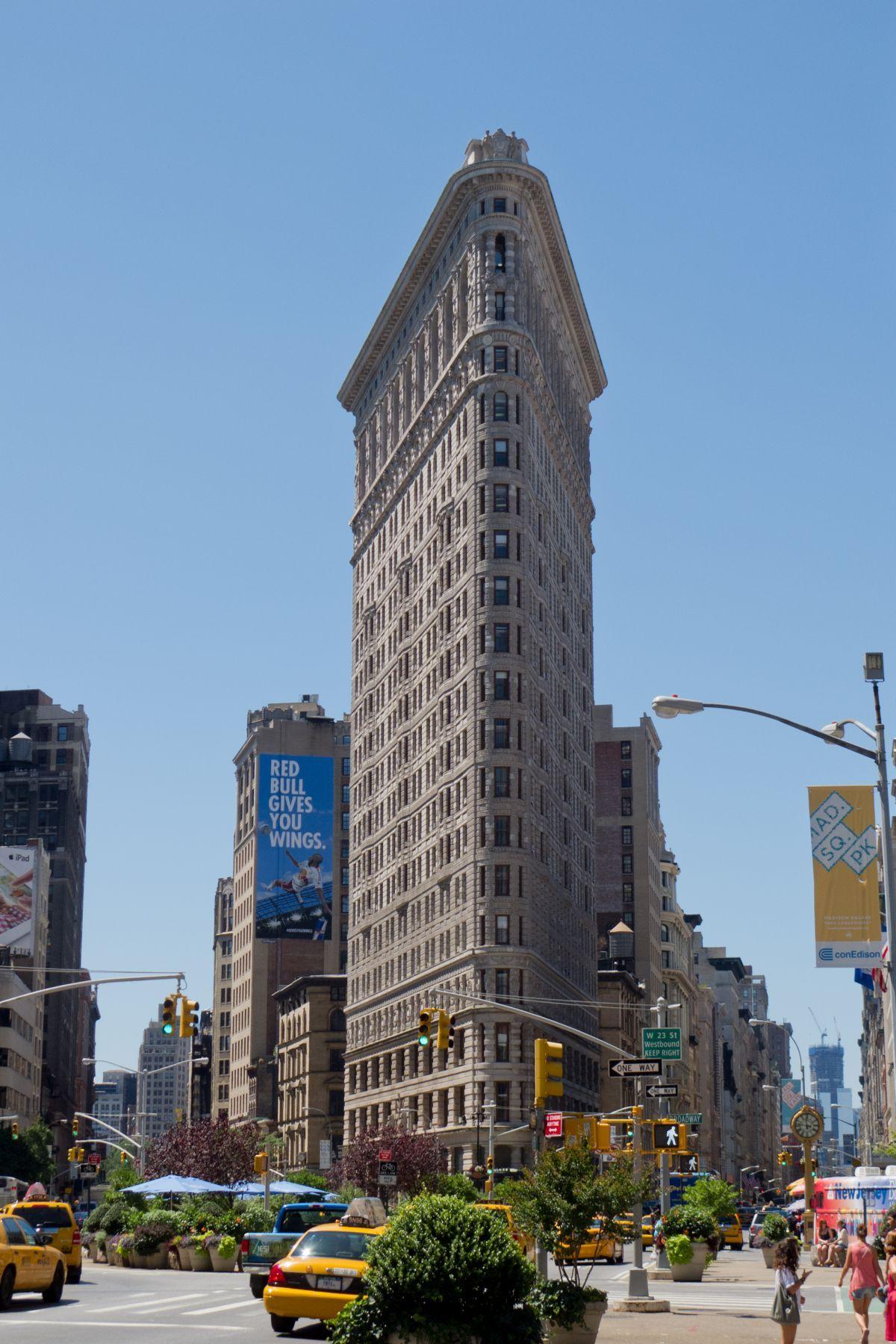 Flatiron Building In Manhattan New York First Completed 1902