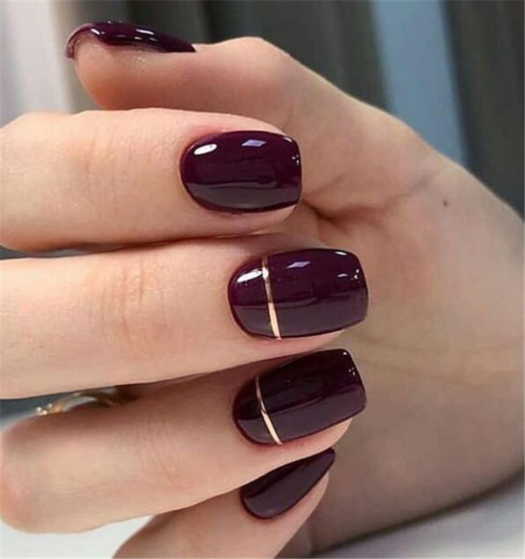 50 Gorgeous Burgundy Nail Color With Designs For The Coming Valentine S Day Page 28 Of 50 Wo In 2020 Short Acrylic Nails Designs Square Nail Designs Burgundy Nails