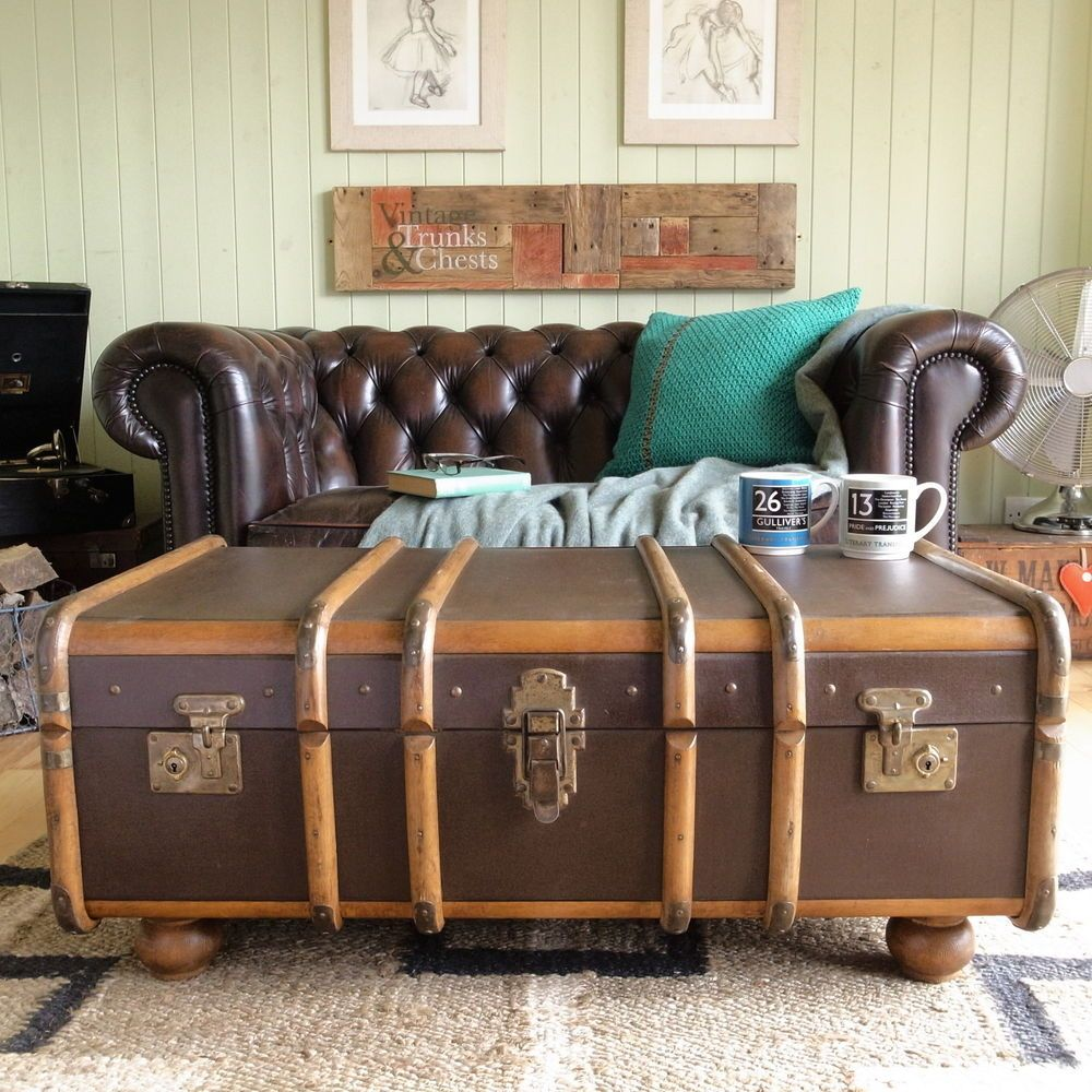 - VINTAGE STEAMER TRUNK CHEST Banded Railway LUGGAGE Suitcase COFFEE