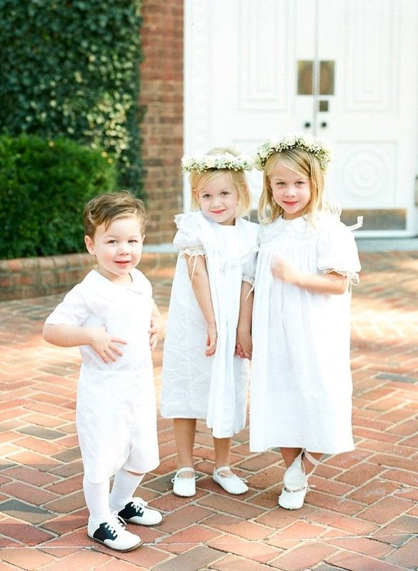 5a10420777 Classic + traditional wedding flower girl and ring bearer outfit idea  Jodi  Miller Photography