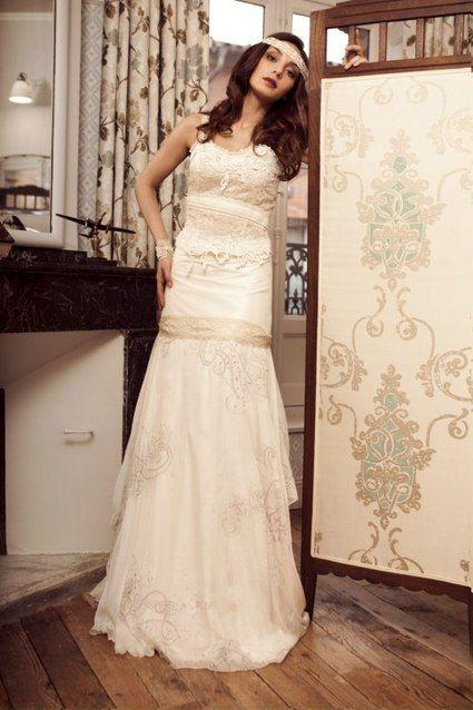 Les jolies filles robes de mariee