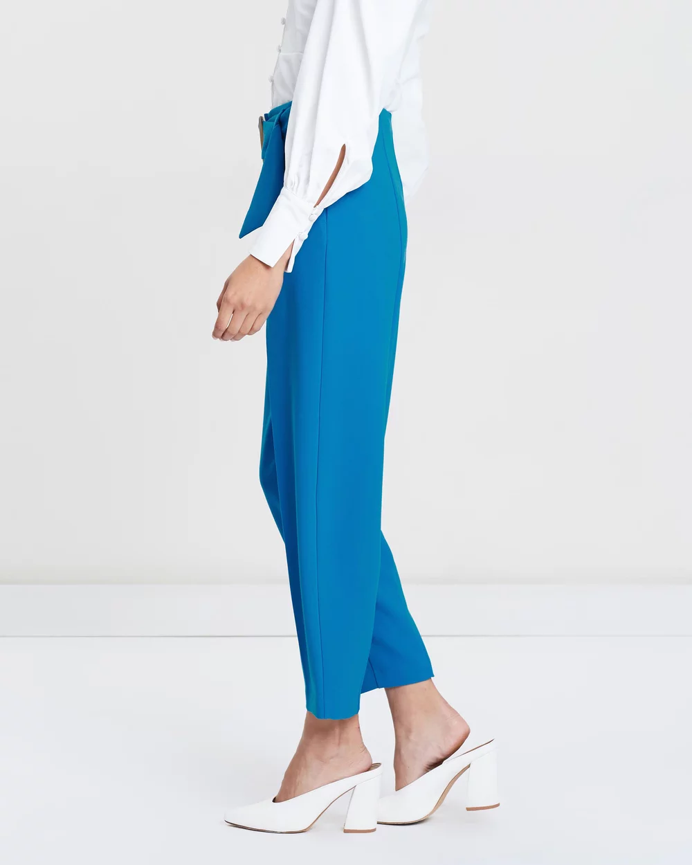 Jodi Belted Peg Trousers By TOPSHOP Online