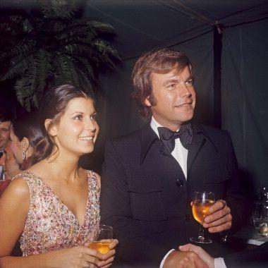 Robert Wagner and Tina Sinatra | Tina sinatra, Movie market ...