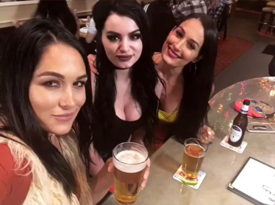 Картинки по запросу drink Total Divas