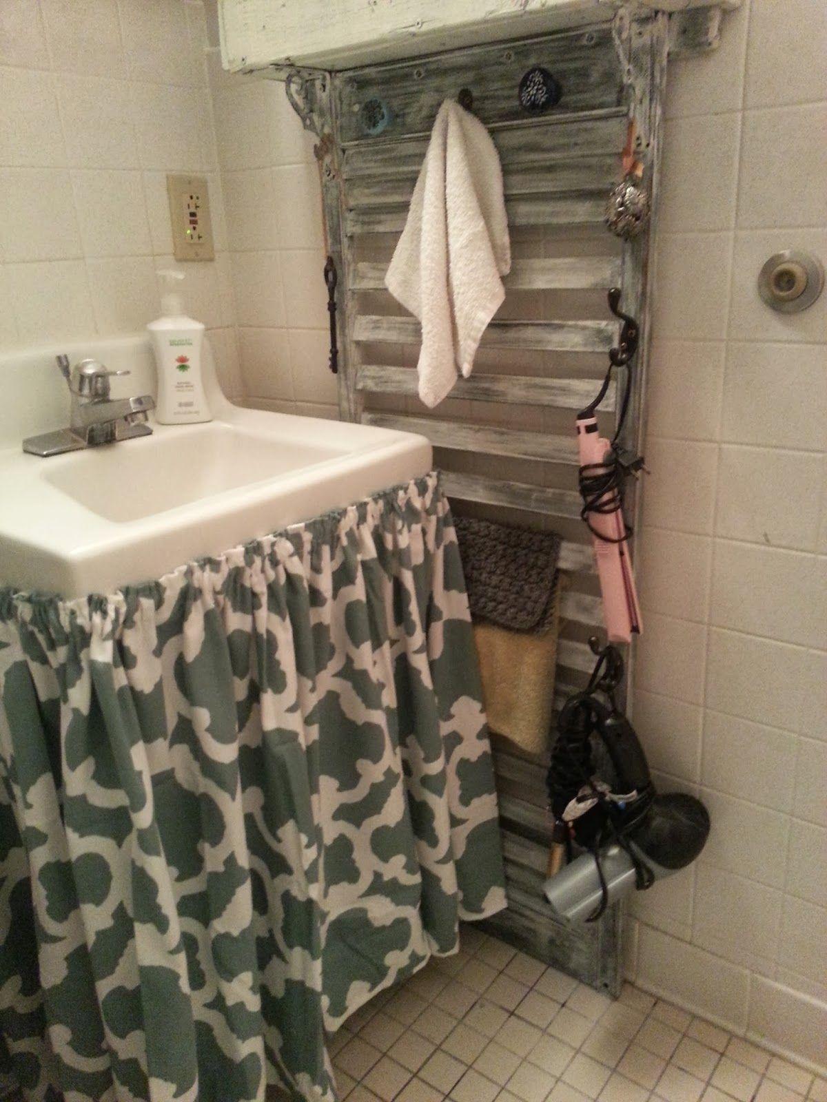 Freckles N Family Bathroom Sink Curtain Bathroom Bathroom Sink Bathroom Sink Vanity