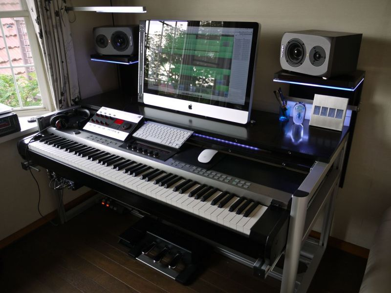 Magnificent 17 Best Ideas About Home Studio Equipment On Pinterest Studio Largest Home Design Picture Inspirations Pitcheantrous