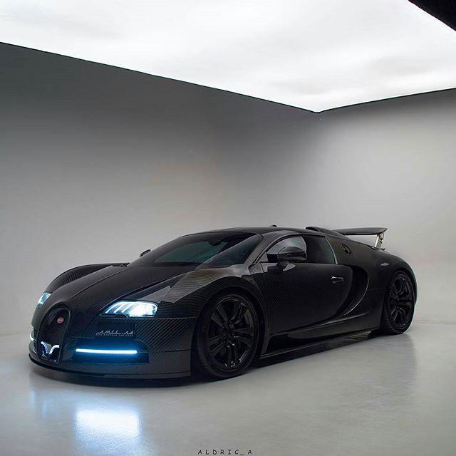"""Bullet Edition""   Photo by @aldric_a   #accelerationation #bugatti #veyron #bugattiveyron"