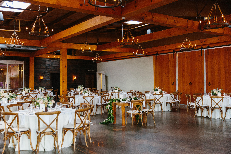 Vineyard Weddings And Wedding Venues In Newport Featured Wedding Wedding Venues Vineyard Wedding
