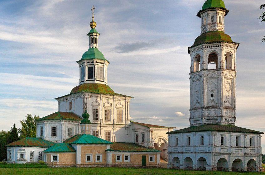 Eglise Saint Nicolas - Veliki Oustioug - Construite entre 1682 et 1720.
