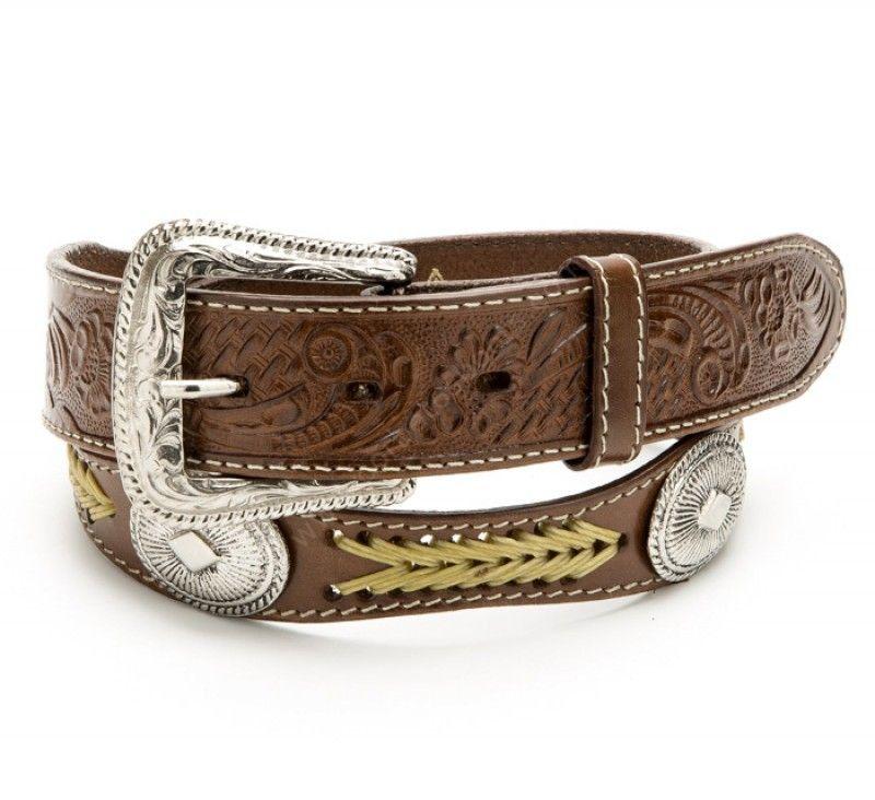 7be2af4e81 Cinturón vaquero de cuero marrón con conchos metálicos y trenzado beig
