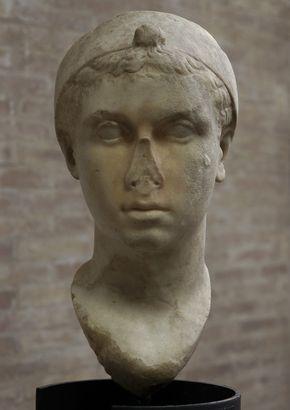 Portrait of Cleopatra VII (?). Rome, Vatican Museums, Gregorian Profane Museum.